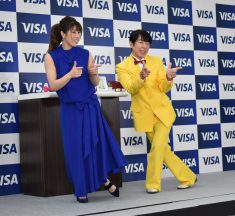 Visaデビット、タッチ決済の発行枚数がダブルで1,000万枚を突破、キャッシュレスから生まれた新ギャグとは?